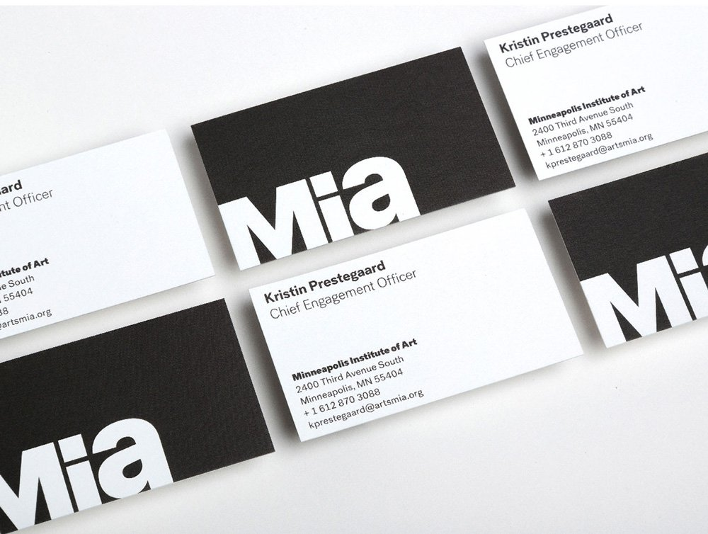 Post-Grotesk-Mia-Business-Cards