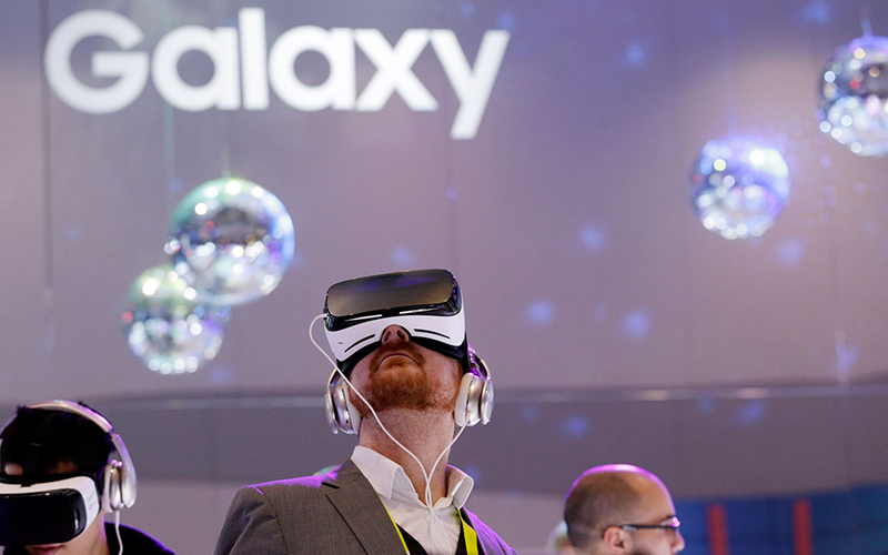 Samsung-Sharp-Sans-Galaxy-VR